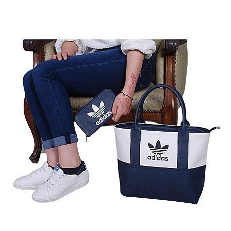Ensemble Sac à main chaussure te portefeuille Lacoste - Bleu marine